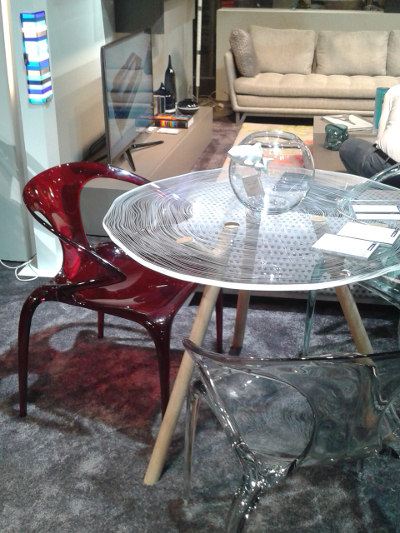 chaise-tables-transparentes-foire-paris-2014