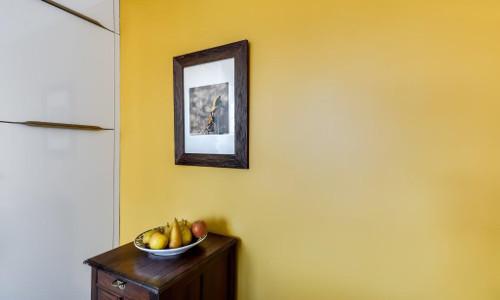 mur cuisine jaune paris 17