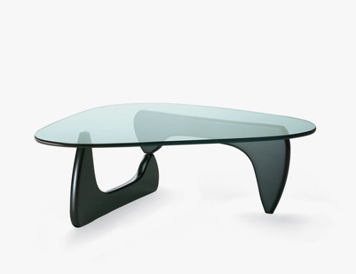 coffee table bois laque noguchi