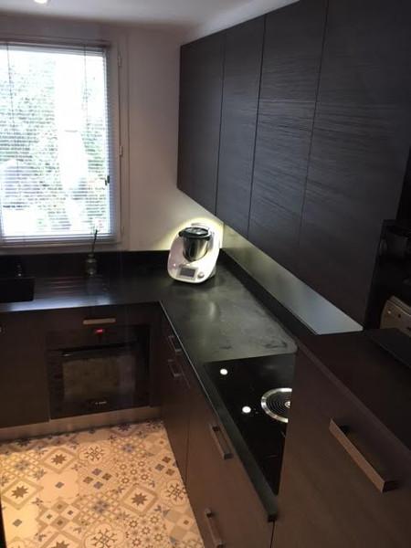 cuisine-equipee-sol-carreaux-de-ciment-ermont