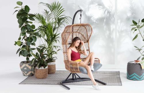 fauteuil-suspendu-rotin-made