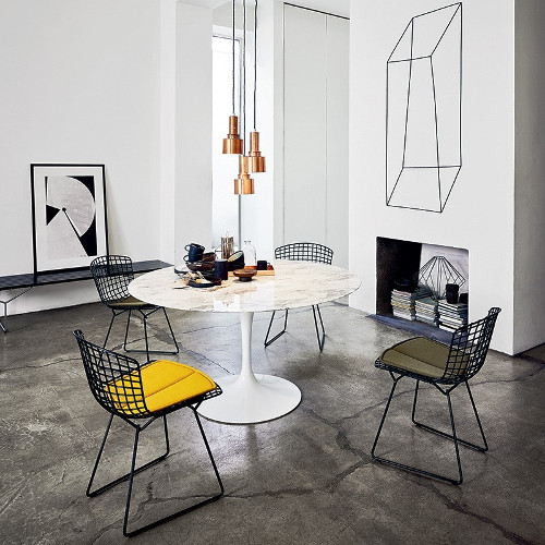 cuisine-amenagee-chaise-diamond-bertoia