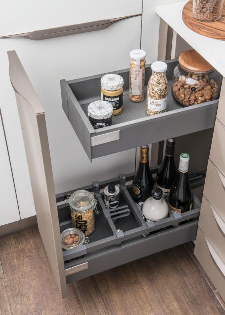 petite-cuisine-sur-mesure-tiroirs-rangements