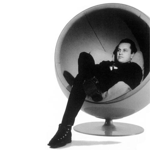 ball-chair-eero-aarnio