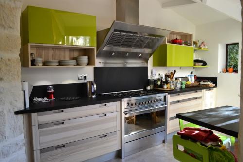 cuisine-equipee-traditionnelle-moderne-avignon