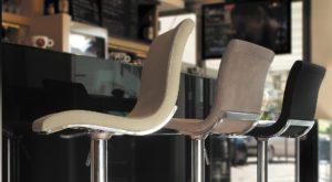 peressinicasa-tables-chaises-partenaire-magasin-cuisines-amenagees-arthur-bonnet